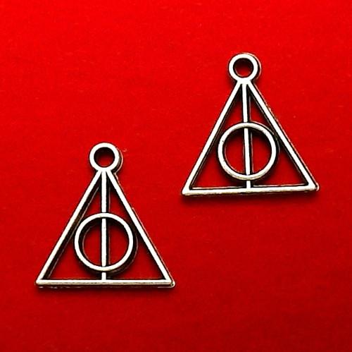 Stříbrný přívěsek s magickým znakem, menší- 4 kusy