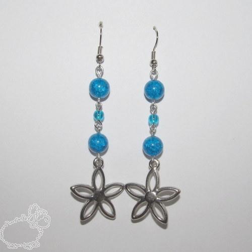 modré květinkové náušnice