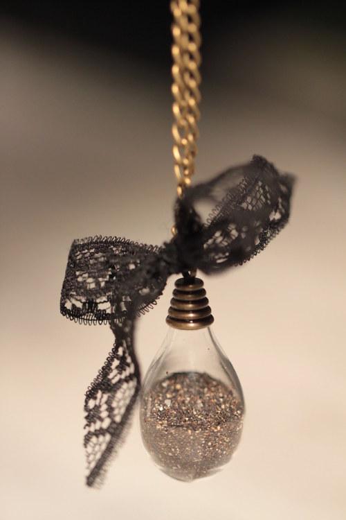 Písek z nitra země - slza - amulet