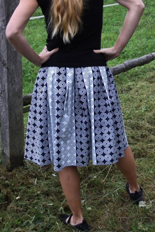 Skládaná bavlněná sukně - látka z Afriky
