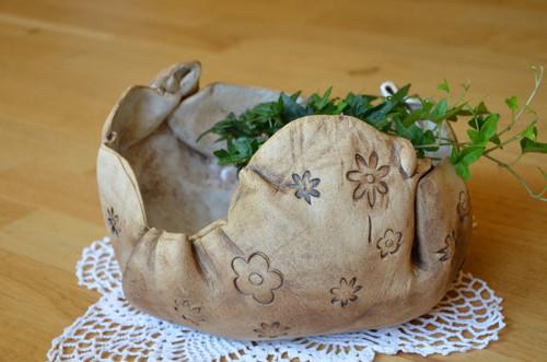 Veeelký květináč-obal kytičkový