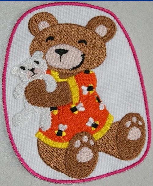 Nažehlovací výšivka Medvídek v pyžamu