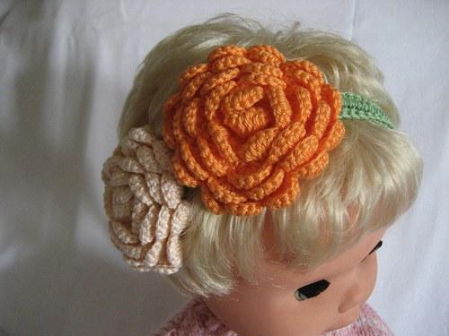 Háčkovaná čelenka s kytkami-oranž./smetan/zelená