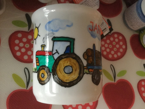 Dětský hrneček traktor s kládami