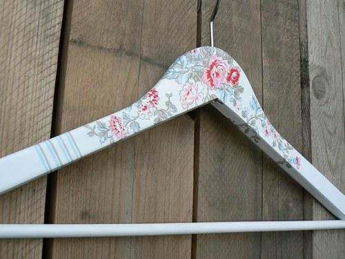 Vintage hanger  no. 11