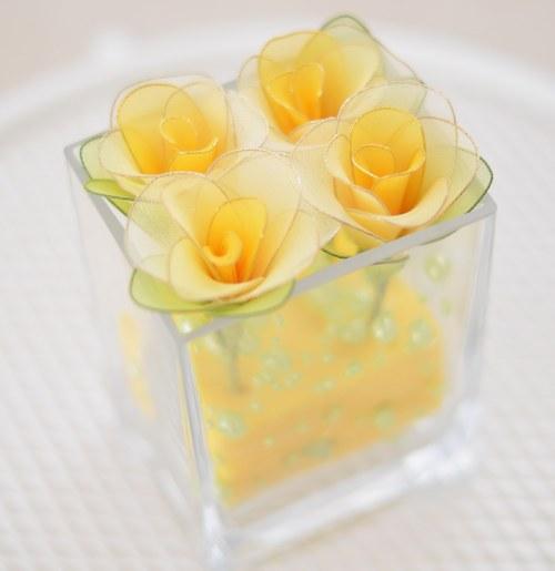 "Nylon flowers \""Růže ve skle\"""