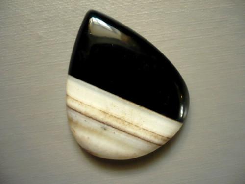 Kabošon - onyx 40 mm, č.18w
