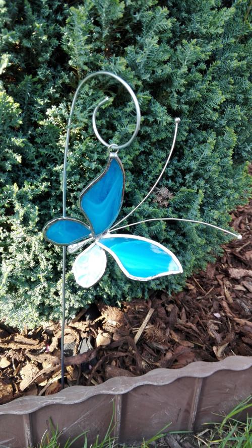 Motýl 3D střední