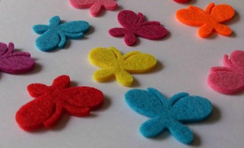 5 ks výseků motýli - mix barev
