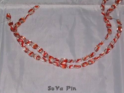 Korálky duhovky kvádr červená; 10x6mm; 19 ks
