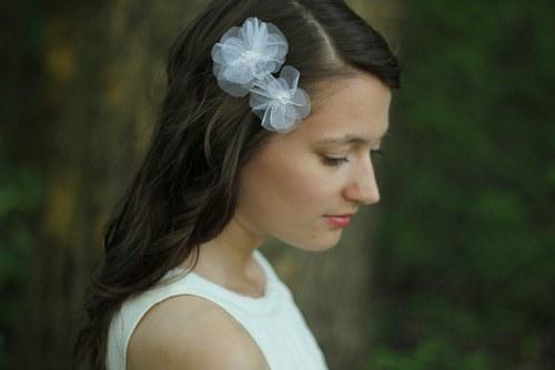 Tylové svatební květy sponky do vlasů