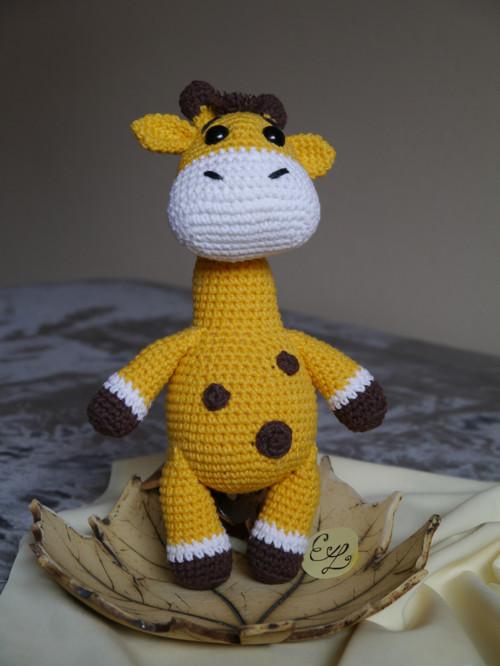Háčkovaná žirafa Pája - na objednávku