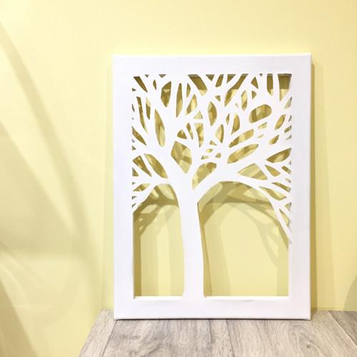 Obraz vyřezaného stromu