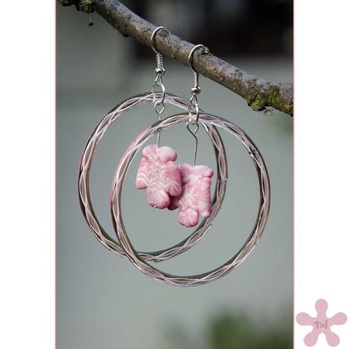 Růžové kruhy