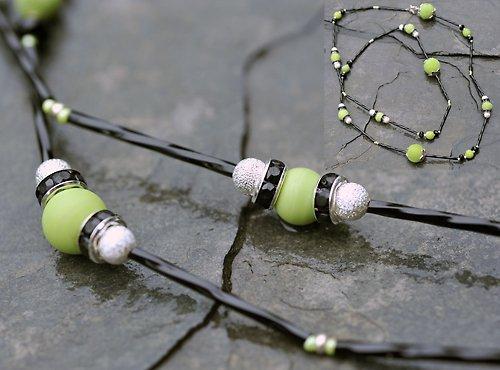 Náhrdelník černo-zelený N0054B