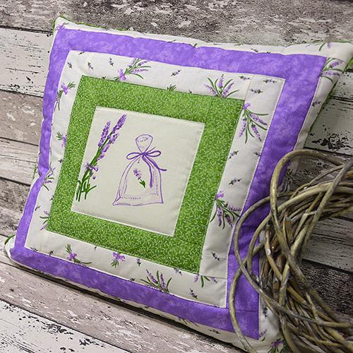 Levandulový patchwork polštářek č. 4 - 40 x 40 cm