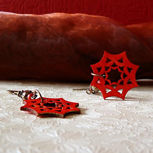 červené hvězdičky – náušnice