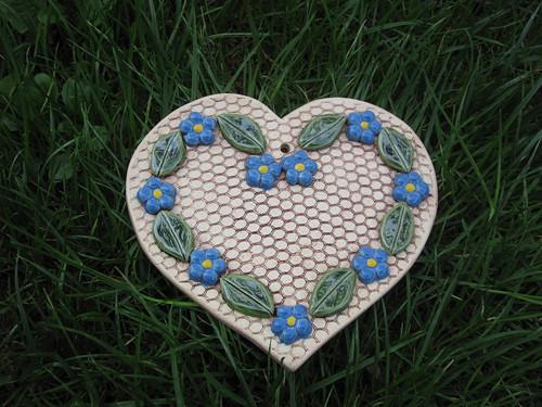 srdce s pomněnkama