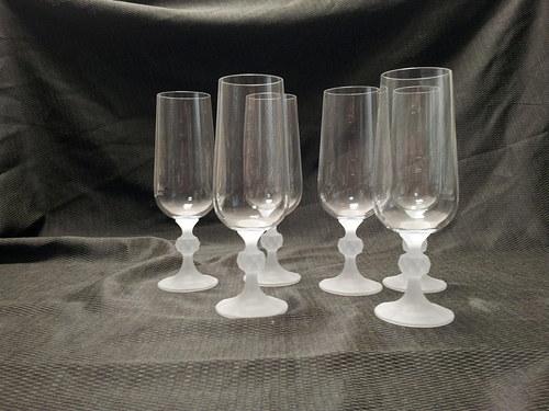 sklenice , cena za sadu 6 kusů, nebo 2+1zdarma
