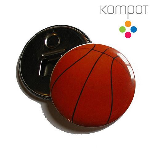 Otvírak s basketbalovým míčem