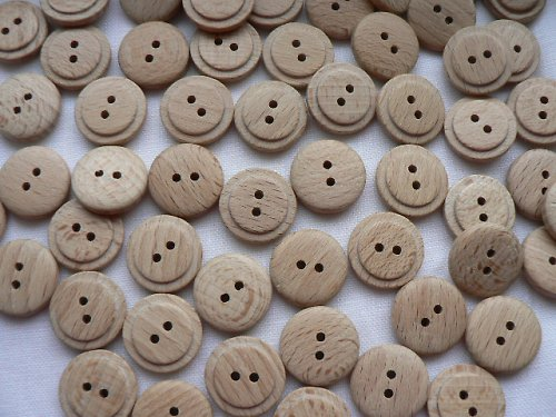 Dřevěné knoflíky
