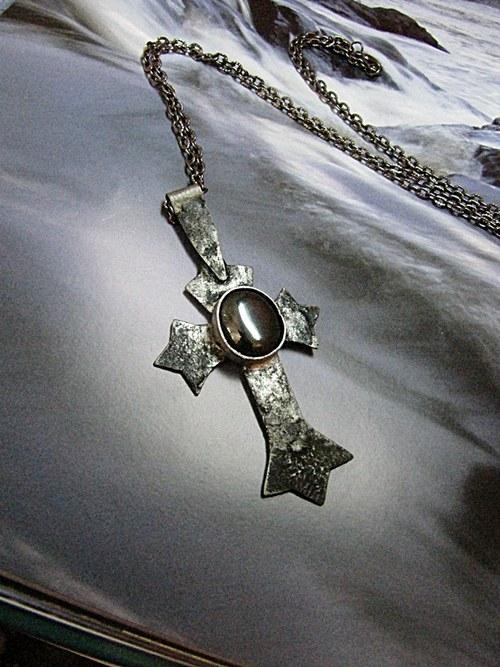 Kříž na přání
