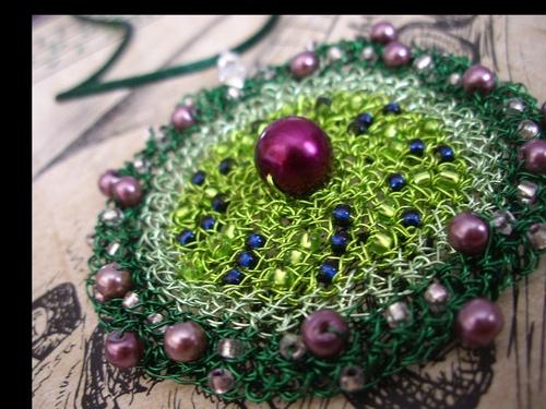 Absint - drátěný náhrdelník