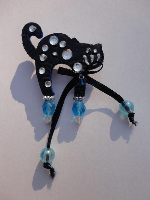 Brošnička tmavo-modrá s mašľou :)