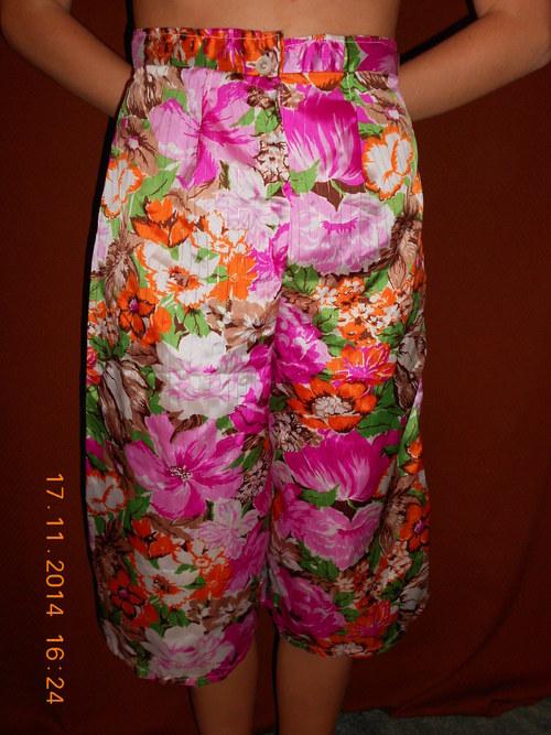 Květovaná kalhotová sukně kraťasy