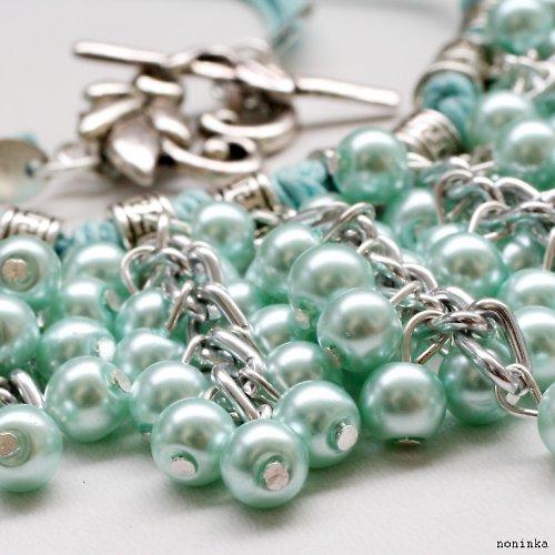 Světlý bohatý náhrdelník a náušnice - VÝPRODEJ