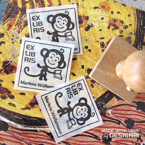 Opička: razítko 4x4 cm