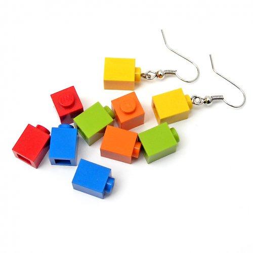 Nakombinujte si sami! Náušnicový Lego set