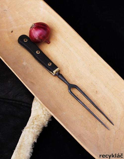 Kovaná vidlička