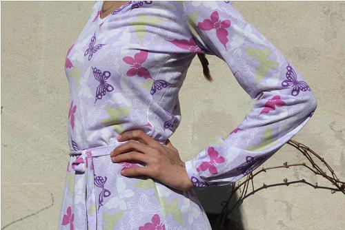 Letni motylkové šaty