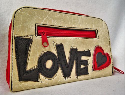 Zipová peněženka LOVE