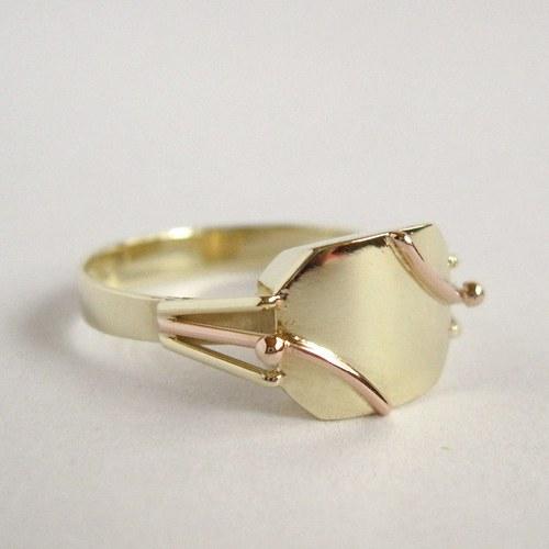 Rozhodnost (celozlatý prsten)