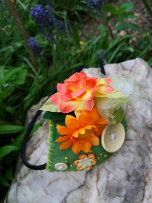 květová čelenka-knoflík
