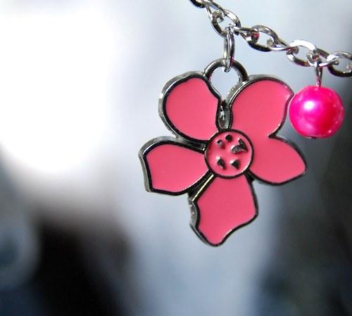 Náhrdelník Charms flowers
