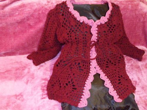 Vínový svetr s růžovými lemy vel.L