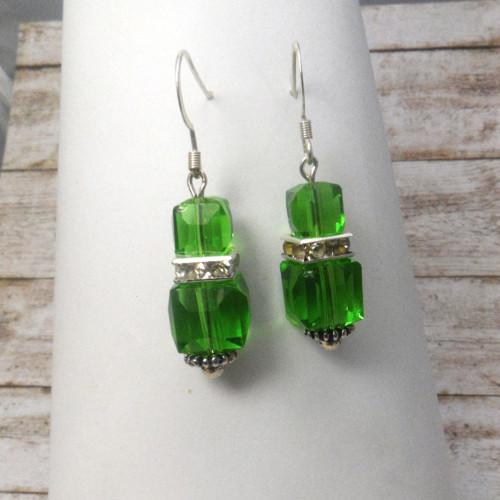 Náušnice zelené kostičky