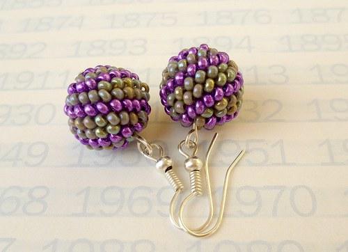 kuličkospirálky do fialova