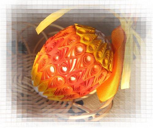 quillingové vajíčko žlutočervené