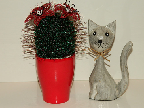 Kaktus z korálků.