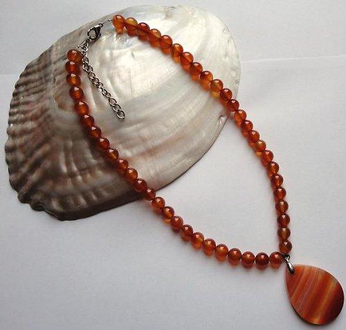 Elegantní náhrdelník z minerálu karneol