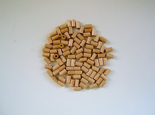 Dřevěné korálky 5x8 mm 100ks