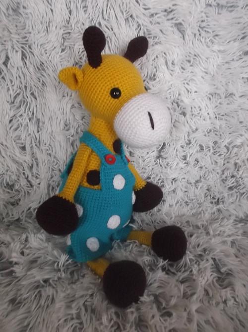 Žirafí kluk EVŽEN