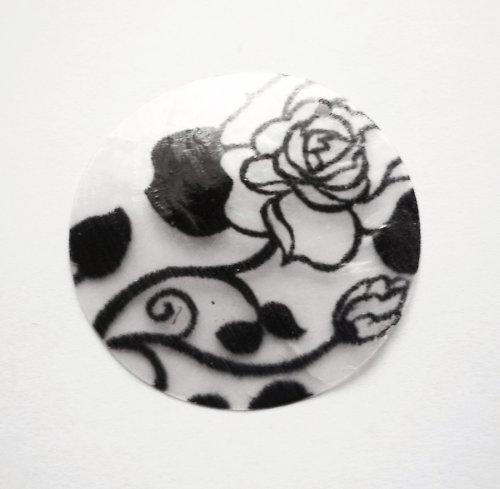 Perleťové kolečko s růží