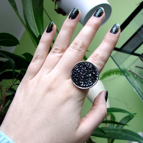 Prsten 50 odstínů šedi