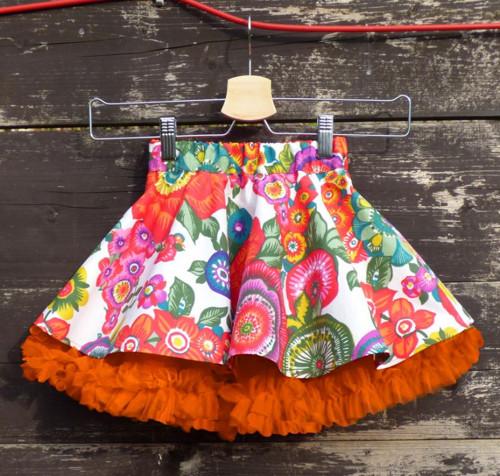Mini verze FuFu sukně květy s oranž spodničkou
