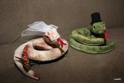 Svatební plyšáci na auto - hadi